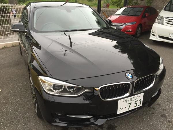BMW 320i Sport(スポーツ)